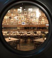 KITCHENS Restaurant & Bar