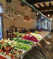 Yafa Shawarma &traditional Food
