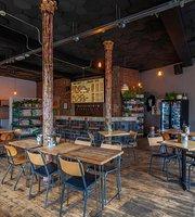 The 10 Best Restaurants Near The Beehive Tottenham London