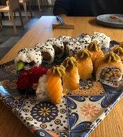 NAMI Sushi and Mixology