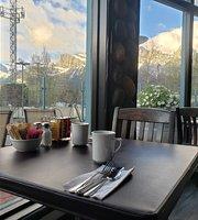 Chez Francois Restaurant