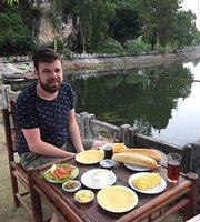 Tam Coc Lake View Restaurant