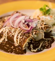 La Mexicana Restaurant & Cantina
