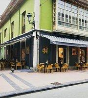 Media Marea Restaurant