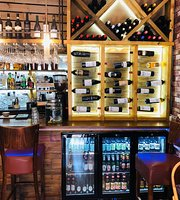Merton Cafe And Wine