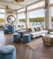 Fowey Harbour Hotel: Kitchen, Bar, Terrace