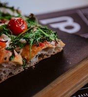 Baseggio Pizza Square Bardolino