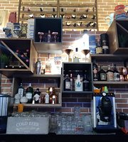 Quid Cocktail Bar