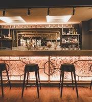 Le Saint Julien Cocktail Bar