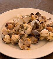 A esmorga-posada Del Mar