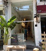 Roots Plant-based Cafe - Old Quarter Hanoi