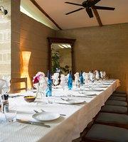 Mythos Greek Taverna and Lounge