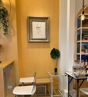 MaLet's Cafe