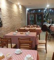 Giulliano's
