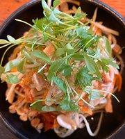 נאיה - מסעדת הרים אסייתית