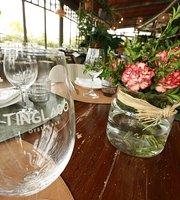 Tinglado Oyster Bar
