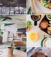 Uma Cafe
