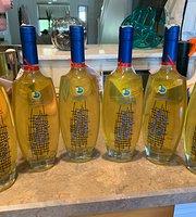 La Tre Sorelle Wine Room