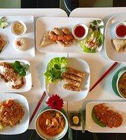 Van Lang Traditional Viet-Thai Food
