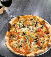 Los Claveles Pizzeria-Cafeteria
