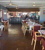 Kuslangs Pub & Restaurant