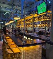 Octagon Bar