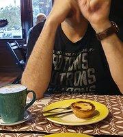 Tuile Deli e Cafe