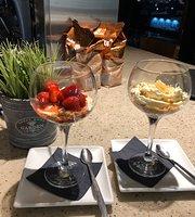 Junkyard Cafe Bar
