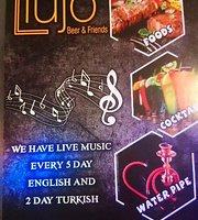 Lujo Lounge Cafe