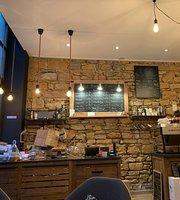 Le Dandelion Cafe