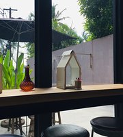 Bottoms Up Coffee Phuket