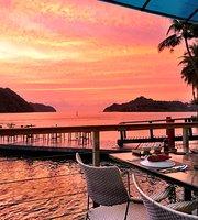 Elilai Seaside Restaurant and Bar