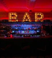 Hamptons Lounge Bar & Restaurant