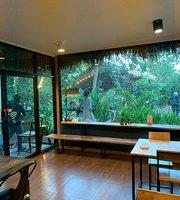 Somtavin Cafe