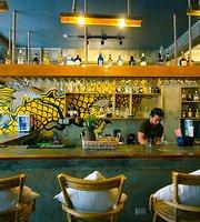 District Bar + Kitchen