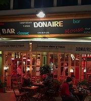 Donaire House Bar