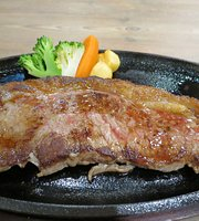 Jumbo Steak  Hands Kokusaidori Kenchomae