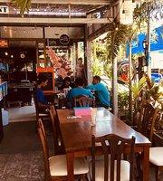 Khun Baan Club
