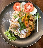 The 112 Phra Athit Cafe & Eatery