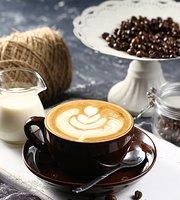 Hello Chan Cam Coffee & Restaurant