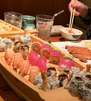 Akira Sushi Bistro