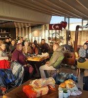 Janti Cafe & Restaurant
