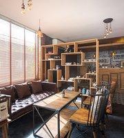 MYFin Gallery Cafe