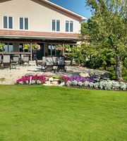 Manitoulin Golf Clubhouse Dining