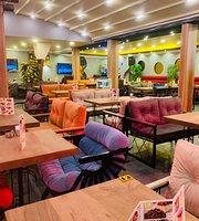 Loop Garden Cafe Restaurant