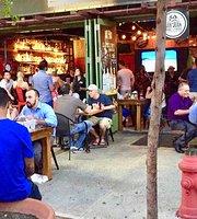 San Juan Smokehouse - La Placita de Santurce