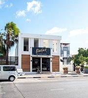 Blackjack Curacao - Eat. Drink. Enjoy