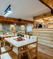 Jánošíkova Valaška Reštaurácia & Bar
