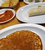 Manny's Mucho Taco