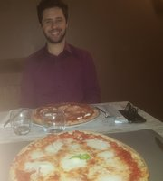 Arnold's Restaurant & Pizza